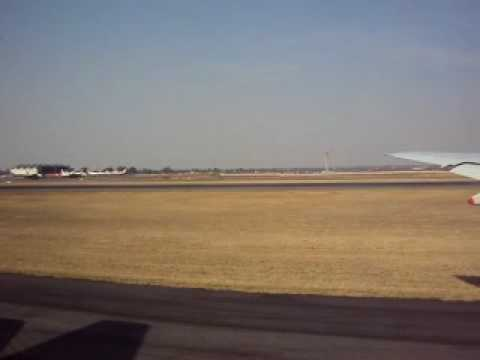Singapore Airlines Safety Video (Johannesburg)