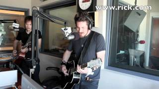 Matt Nathanson Performs Faster Live!