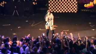Anitta - Baba Baby (Ao Vivo) @ Chá da Anitta - Vídeo Oficial - Pheeno TV