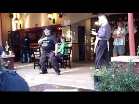 Gilroys Pub Joburg Nov 2011.wmv
