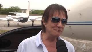Roberto Carlos apresenta o show 'Emoções' na Praia do Forte, no litoral da Bahia pat 2