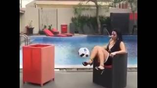 Girl with great skill on ⚽ with high heels 👠