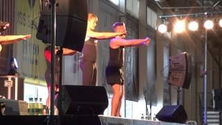 Les Mills BodyPump 84 (7) - Les Mills Fitness Explosion 2012 - Video Review
