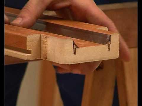 Come sostituire i coprifilo di porte e finestre fai da - Fai da te verniciare finestre legno ...