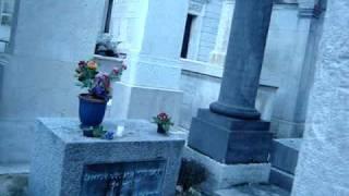 Pere Lachaise, Jim Morrison, Paris, 2007.