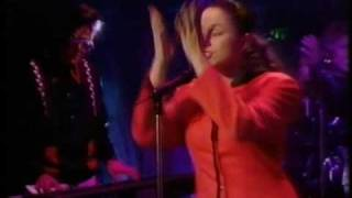 Quartz feat Dina Carroll - It's Too Late TOTP