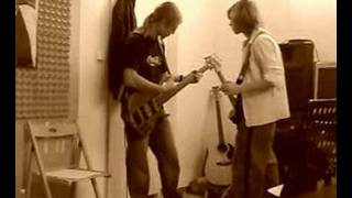 De Facto Feat    -----Don t´ forget me (from RHCP)