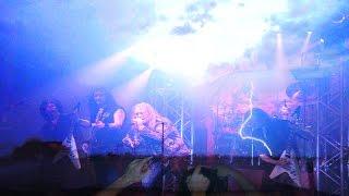 Fusion  musica heavy metal pesado con relampagos