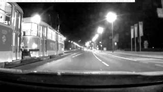 PČR: Policisté z PMJ a DI PČR P I. dopadli v tramvaji ozbrojeného muže