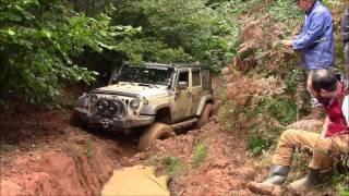 Jeep Wrangler JK vs Jeep GC 5.9 vs Land Rover Defender 90's  *OFFROAD*