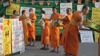 Monjes birmanos y tailandeses apoyan al templo Dhammakaya de Tailandia