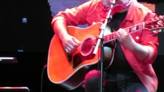 TIM (Voz e Guitarra)@Terreiro do Paço (Vento) 3-7-2015 MVI 3926