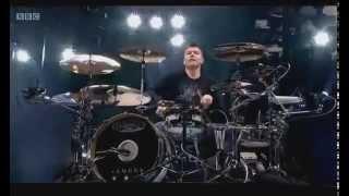 "Blink-182 - ""Family Reunion"" / Mark Hoppus Drum-Solo LIVE @ Reading 2014"