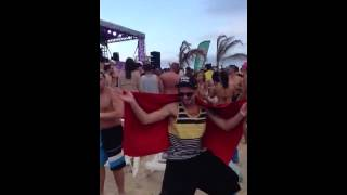 Prok & Fitch at Bahamas beach gc13