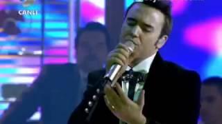 Mustafa Ceceli - Sevgilim (Canlı Performans) Beyaz Show 14.12.2012