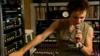 Laurie Anderson - Home studio (late 80's) - 02