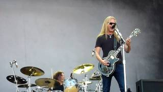 Alice In Chains - Check My Brain (live @ Rock Werchter 2010)
