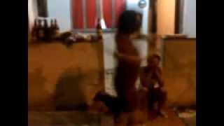 Bebada Dança Galinha Magricela.3gp