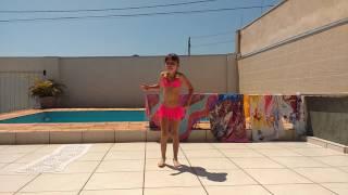Myrela 6 anos dançando