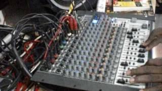 Mad Professor live dub at Studio Um Dois