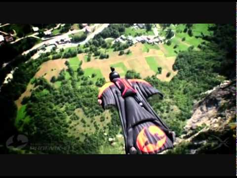 majk-spirit-let-bracho-basejumping-peto71