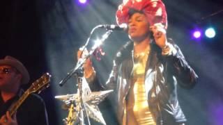 Valerie June - The Hour (Philadelphia, PA 3-10-17)