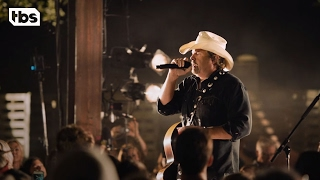 Toby Keith | Neighborhood Sessions | State Farm