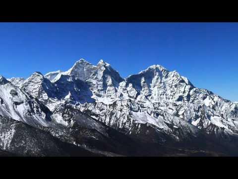 Above Dingboche, 5083 meters altitude.