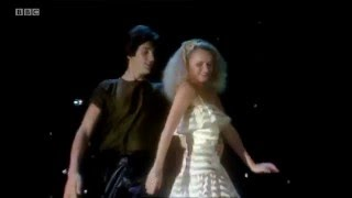 Legs & Co - 'Endless Love' Top Of The Pops Lionel Richie & Diana Ross