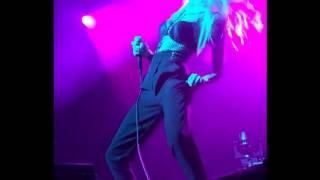 Ivy Levan - Champagne Taste (Live)