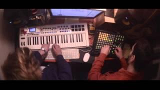 Le Comte d'Harbourg / Noé Escalier - Je m'élève (LIVE)
