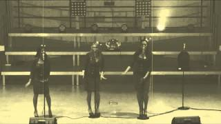 Sweet Sisters - Stars on 45 Medley (Celebrate Christmas together)