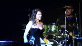 Cristina D'Avena Gem Boy -  E' quasi magia Johnny LIVE @Alcatraz Milano - 18/12/2010