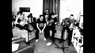 Roughneck Riot - YOU (Bad Religion Acoustic Cover)