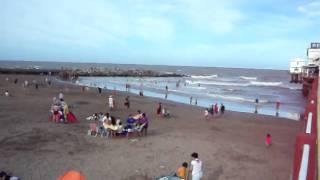 Mar del Plata Playa Popular 1 vista desde el muelle de pescadores hacia el norte (Febrero 2011)