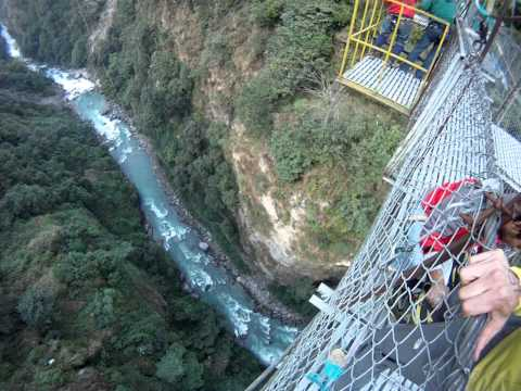 Last Resort Nepal – Canyon Swing 2011