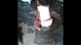 Minha bbzinha sophia dançando funk