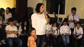 Longe do Mundo - Carolina Ferreira