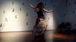 Dança cigana - aluna Jade