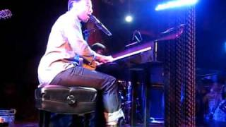 John Legend & The Roots - I Can't Write Left Handed - LIVE at Troubadour