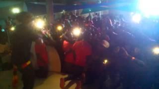 Atuaçao de Dji Tafinha ______ Na Festa DARKSIDE - OS VP