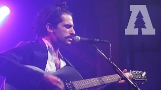King Charles - Choke - Shows From Schubas