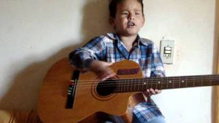 Juninho cantando vou voar (Luan Santana) 2