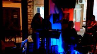 Γεωργία Καρατζά - Δεν εχω πολλα(live 2014)