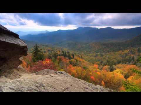 Scenic Time Lapse: Fall Foliage & Incredible Mountain Views – Asheville, North Carolina
