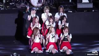 170526 TWICE (트와이스) MOMO lost shoe whlie performing 'SIGNAL'  Fancam