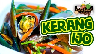 Street Food Indonesia Stews Green Clams! [Eng Subtitle] - Asta And Food