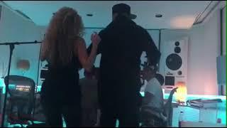 Shakira & Nicky Jam Dancing