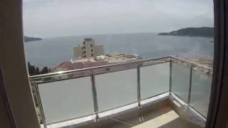 Trosoban stan sa pogledom na more, Bečiči