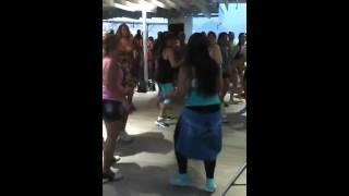 Thiago Costa -Baile de Favela feat. Ataque do bumbum - Quiosque da Globo